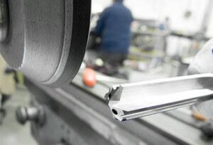 Macchinario produzione utensileria meccanica